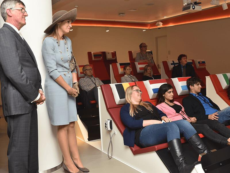 Koningin Máxima opent Bezoekerscentrum De Nederlandsche Bank