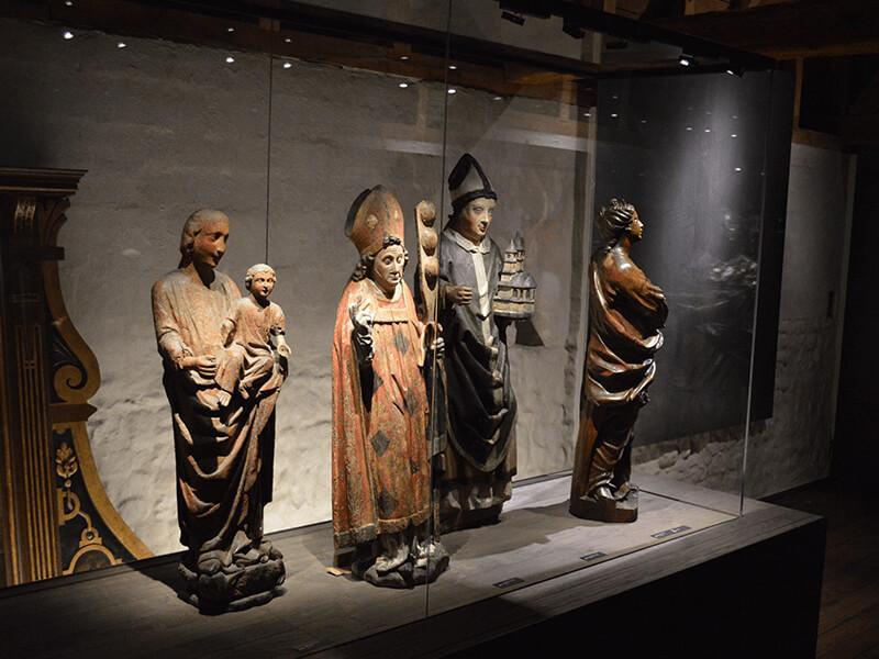 Vernieuwde Basiliek Tongeren: TESEUM
